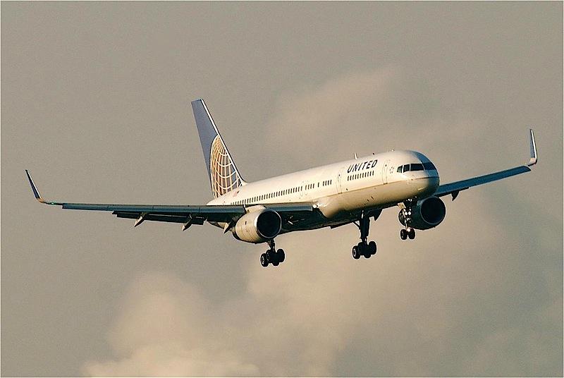 UA B757-01 800px
